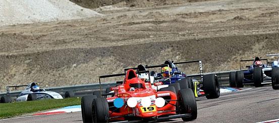 Sandy-Wins-Formula-Ford-Thruxton-motorsportdays.com