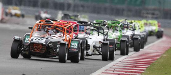 Caterham-R300-Superlight-Track-Day-motorsportDays.com