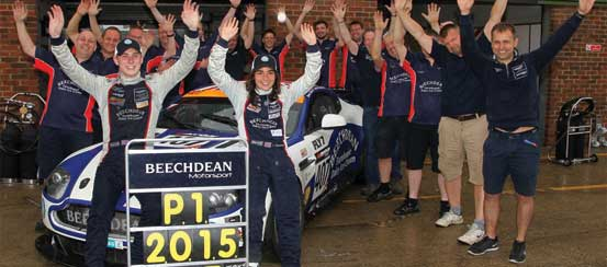 Chadwick-and-Gunn-seal-history-making-British-GT4-title-at-Snetterton-Motorsport-days.com