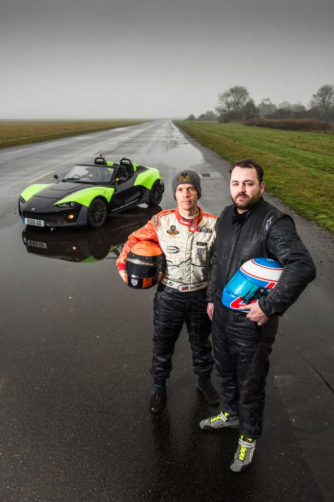 Pro-Vs-Clubman-Ben-Clucas-and-Jonbillingsley-colitshall-airfiled-zenos-cars