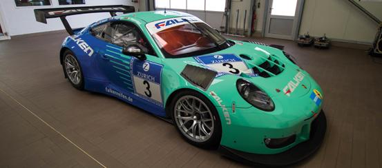 FALKEN-continues-partnership-with-Porsche-track-days